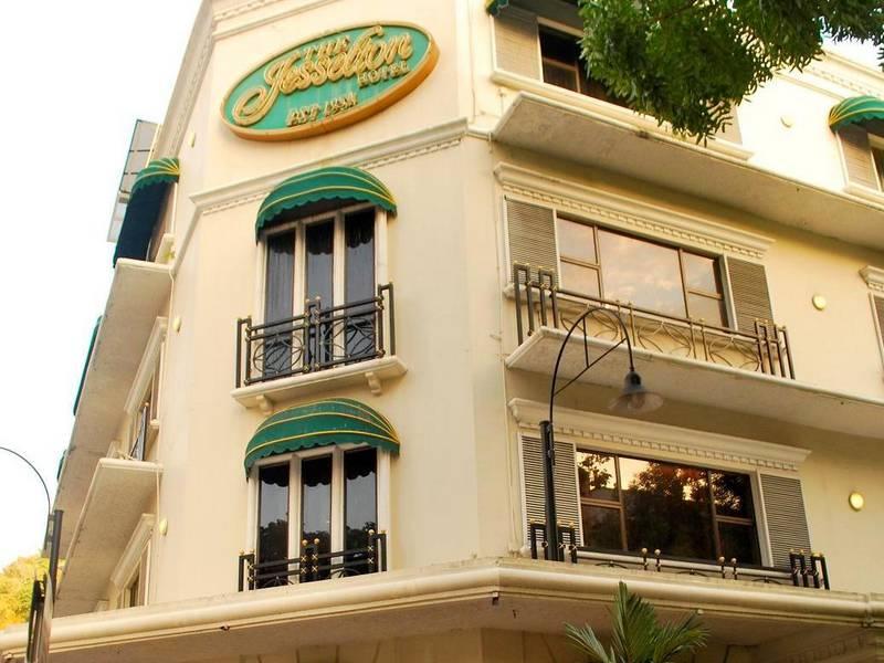 Kota Kinabalu, Jesselton hotel | Rama Tours