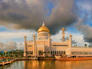 Sultan Omar Ali Saiffuddin en de Jame'asr Hassanil Bolkiah moskee | Rama Tours