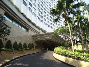 Bangkok, Shangri-La hotel   Rama Tours